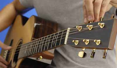 Guitar Tuning in UAE